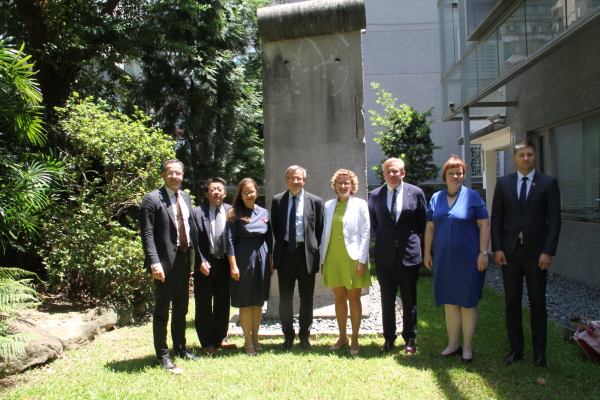 2019/08/27_Visit of  Lithuanian and Latvian Joint Parliamentary Delegation_Group photo